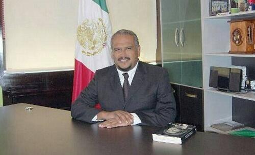 Destituyen a Gustavo Cueto Villanueva alcalde municipal de Huixtla