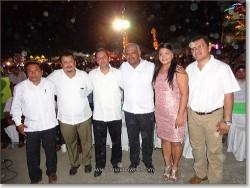 Dr. Gustavo Cueto, Sra. Rosibel de Cueto con invitados de honor.