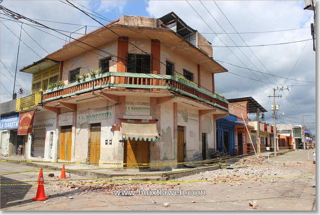 Edificios dañados, heridos y una persona muerta: Saldo del terremoto en Huixtla