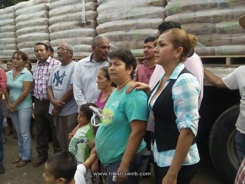 Damnificados de Huixtla fueron beneficiados con paquetes para reconstruir sus viviendas