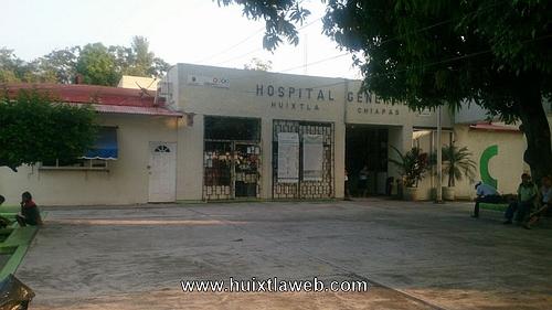 Escandalizan en el interior del Hospital de Huixtla