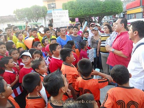 Autoridades Dicen No a la Feria de Huixtla en el Campo Tabamex.