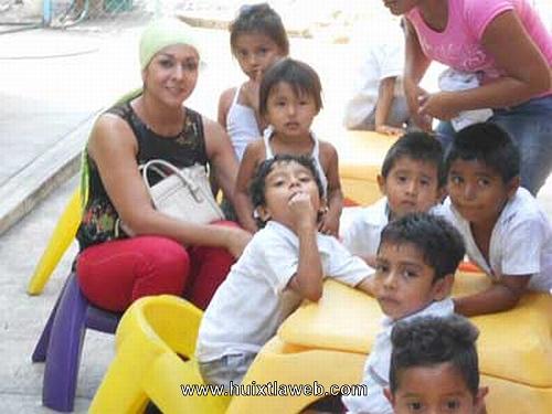 Presidenta del DIF Huixtla realiza intensa gira de trabajo