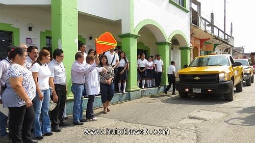 Ramón Ayala realiza banderazo al primer ciclo de descacharra miento en Huixtla