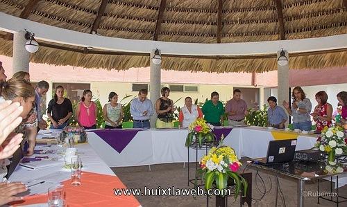 Presidentas de DIF Municipales de la Región X Soconusco se reúnen en Huixtla