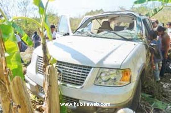 Investigan accidente vehicular de expresidenta del DIF Huixtla en Mazatán