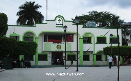 Este lunes inicia entrega recepción ayuntamiento en Huixtla