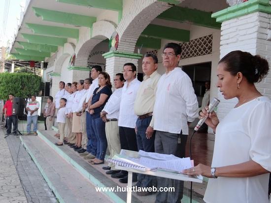 DIF Municipal de Tuzantán de Morelos, preside Homenaje Cívico