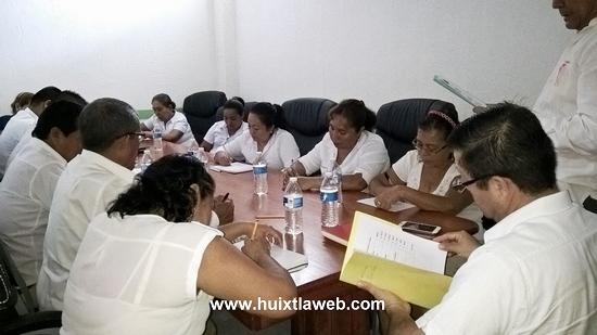 Pide alcalde de Tuzantán trabajar por el bien del pueblo a regidores