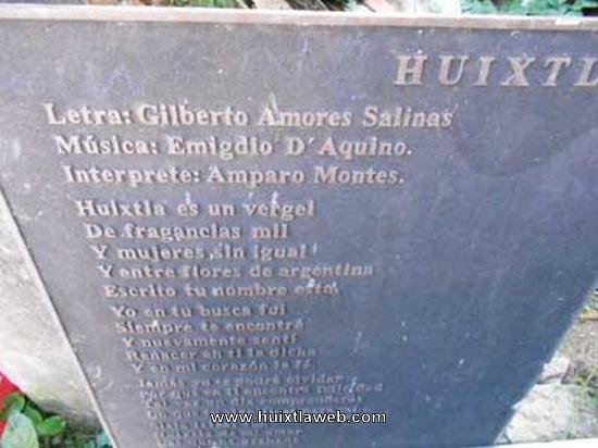Aparece la placa de Huixtla