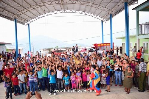Estrella Roja y Nueva América agradecen visita de alcalde huixtleco