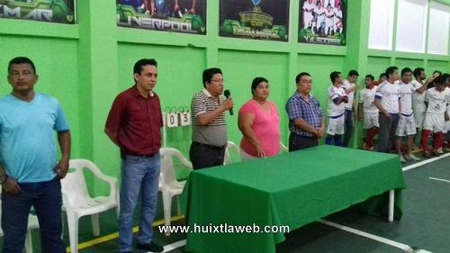 El Deporte también es prioridad en Villa Comaltitlán. Claudia López