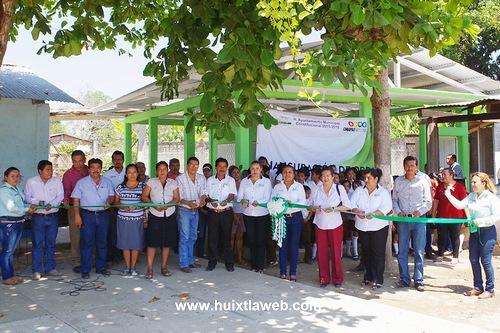 Ayuntamiento de Comaltitlán inaugura comedor escolar