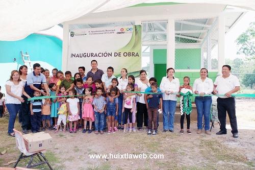 Inauguran comedor escolar  en primaria de villa Comaltitlán