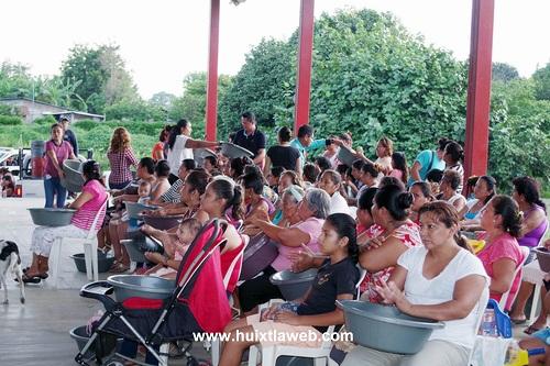 En Cantón Zacualpa de Villa Comaltitlán también festejaron a las madres
