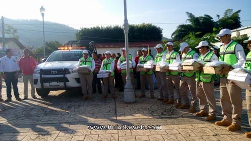 Entrega presidente de Tuzantán equipamiento a protección civil municipal