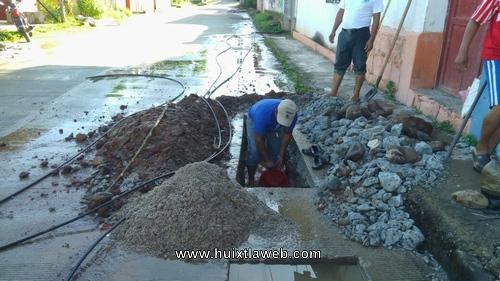 Atiende ayuntamiento de Tuzantán problema de agua entubada en la cabecera municipal