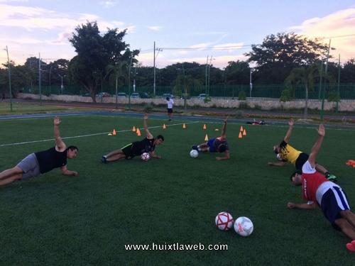 Acondicionamiento físico y entrenamiento de fútbol con Soccer Training