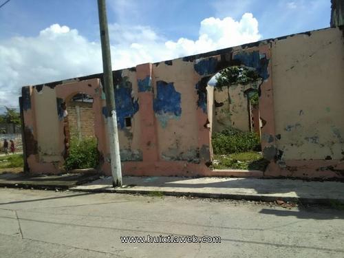 Casas destruidas por el sismo representan alto riesgo