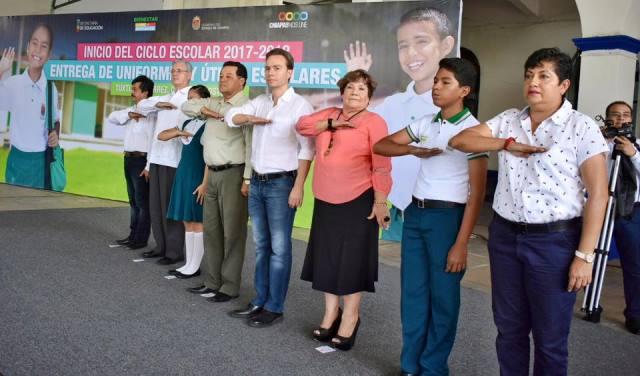 Arranca el ciclo Escolar 2017-2018 en Chiapas