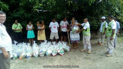 Ayuntamiento de Tuzantán entrega ayuda humanitaria a familias afectas por fuertes lluvias
