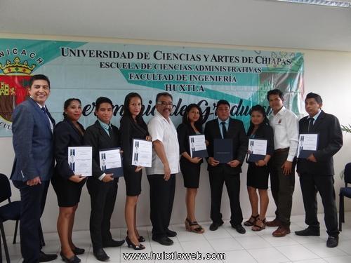 Ceremonia de Graduación Comercialización de la UNICACH
