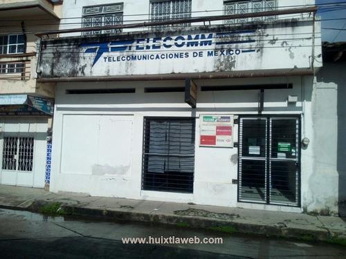 Por daños, Telecom cierra sus puertas en Huixtla