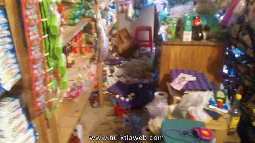 Dañan tienda de abarrotes en Huehuetán