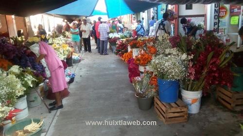 Poca venta de flor primer día de muertos