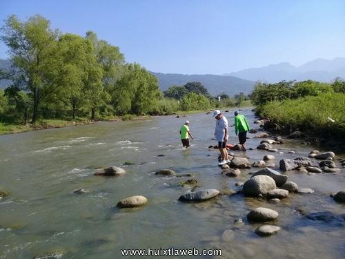 Continua protección civil de Tuzantán labores de búsqueda del cuerpo de niña ahogada