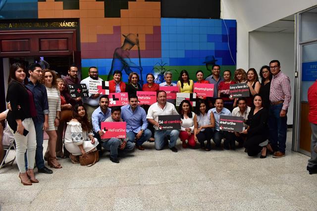 """Promueve congreso del estado Campaña Internacional HeForShe """"El para Ella"""""""