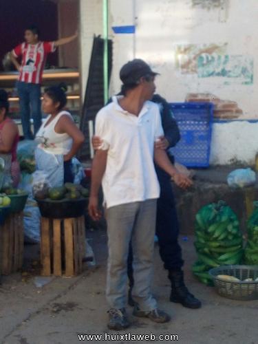 Carterista detenido en el mercado de Huixtla