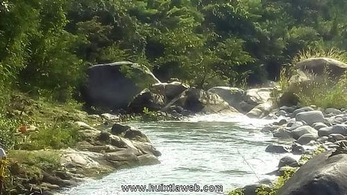 Recuperan restos de niña ahogada en el río en Tuzantán