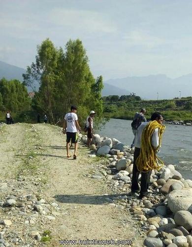 Aun sin aparecer niña de 11 años arrastrada por el río Huixtla