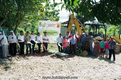 Inician construcción de sistema de agua potable en cantón La Unión de Villa Comaltitlán
