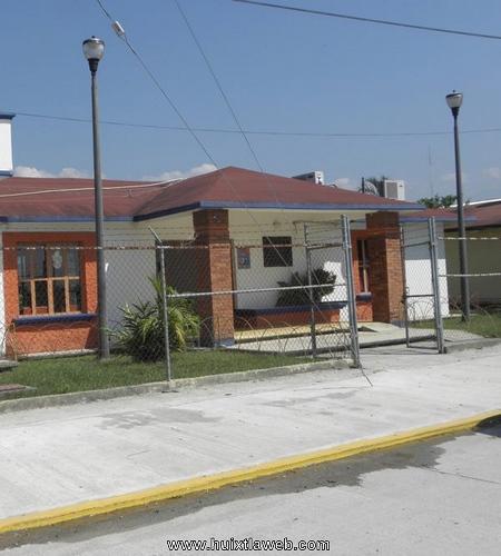 Pésima atención en áreas del DIF municipal de Huixtla
