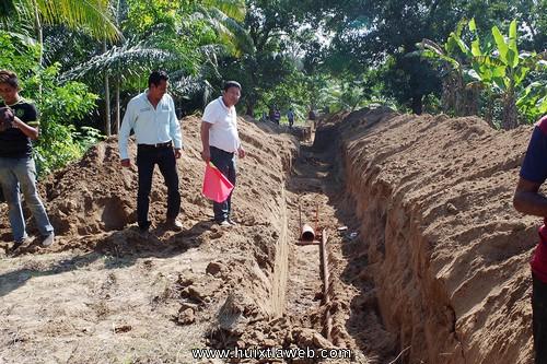 Inician obra de red de drenaje sanitario en la Colonia Emiliano Zapata de Comaltitlán