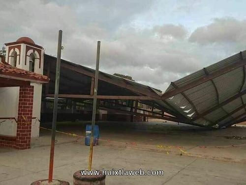 Cuantiosos daños a causa de los fuertes viento en la costa chiapaneca