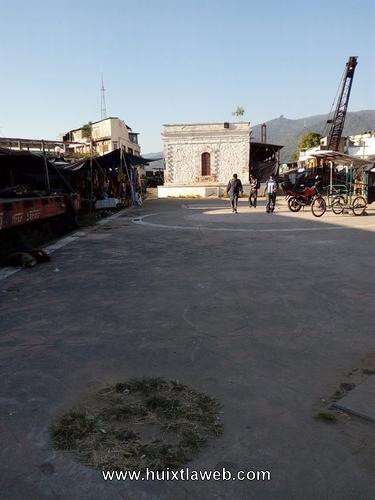 Abandonada la Plaza de la Marimba