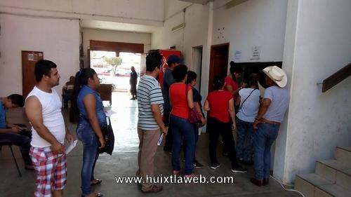 Huixtlecos ponen alto a los altos costos del predial 2018