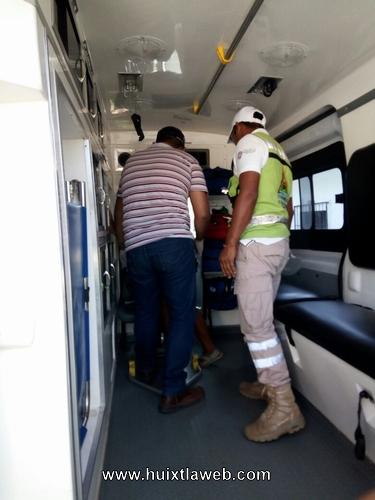Huixtleca se desmaya en las oficinas de prospera en Tuzantán