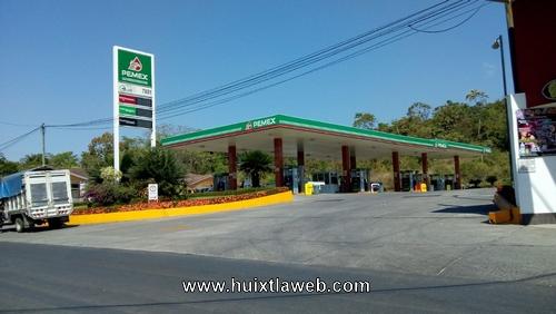 Gasolina con agua venden en Huixtla