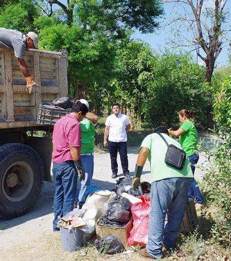 Realizan campaña de descacharrización en Comaltitlán