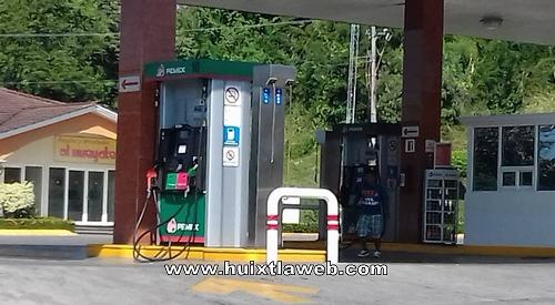 Sigue el robo descarado de Gasolinera El Hueyate