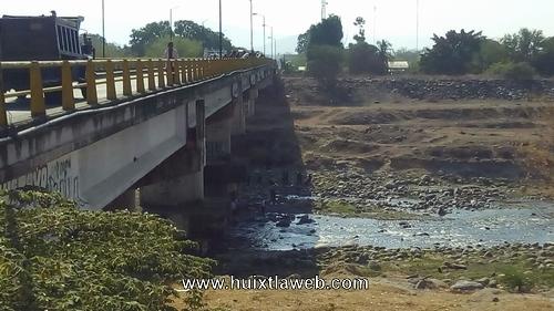 Huixtleco se suicida aventándose del puente el milenio