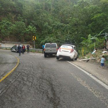 Choque vehicular carretera Huixtla a Motozintla