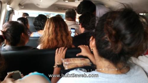 Insoportable el calor en carros sardinas del transporte colectivo