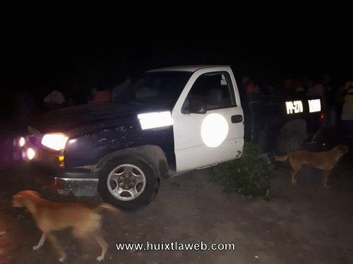 Turba enardecida amarran y golpean a policías estatales en Mazatán