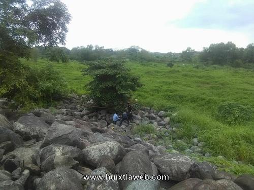 Persona de la tercera edad, fue encontrada sin vida en el malecón del río Huixtla