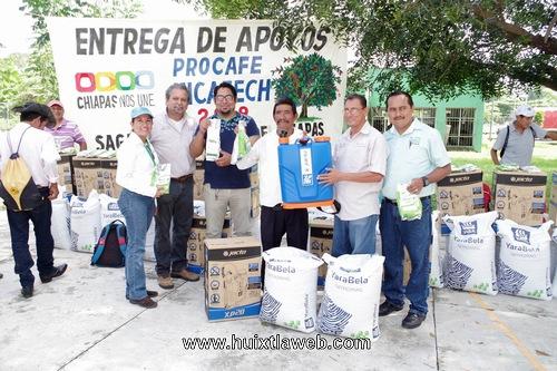 Entregan de Proyecto de Paquete Tecnológico en Comaltitlán